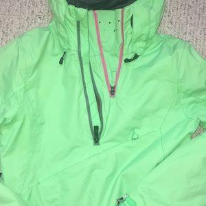 Green pullover Volcom winter jacket